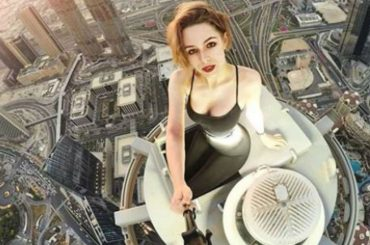 20 Most Dangerous Selfies Ever Taken